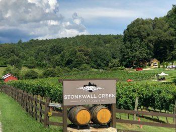 Stonewall Creek Winery Sign and vineyard