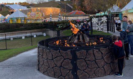 Lakeside Lights Spectacular mark the season at Margaritaville