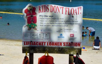 Signage for life jacket safety program